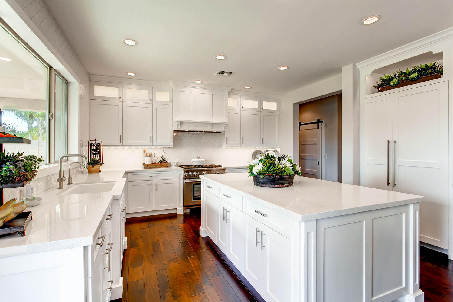 4143-East-Lafayette-Ave-large-001-1-Kitchen
