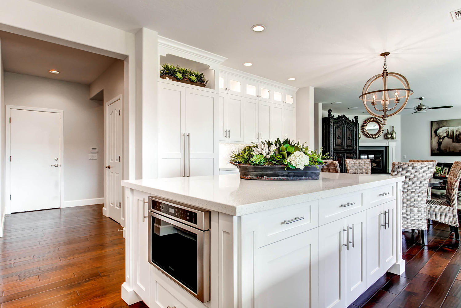 4143-East-Lafayette-Ave-large-005-10-Kitchen