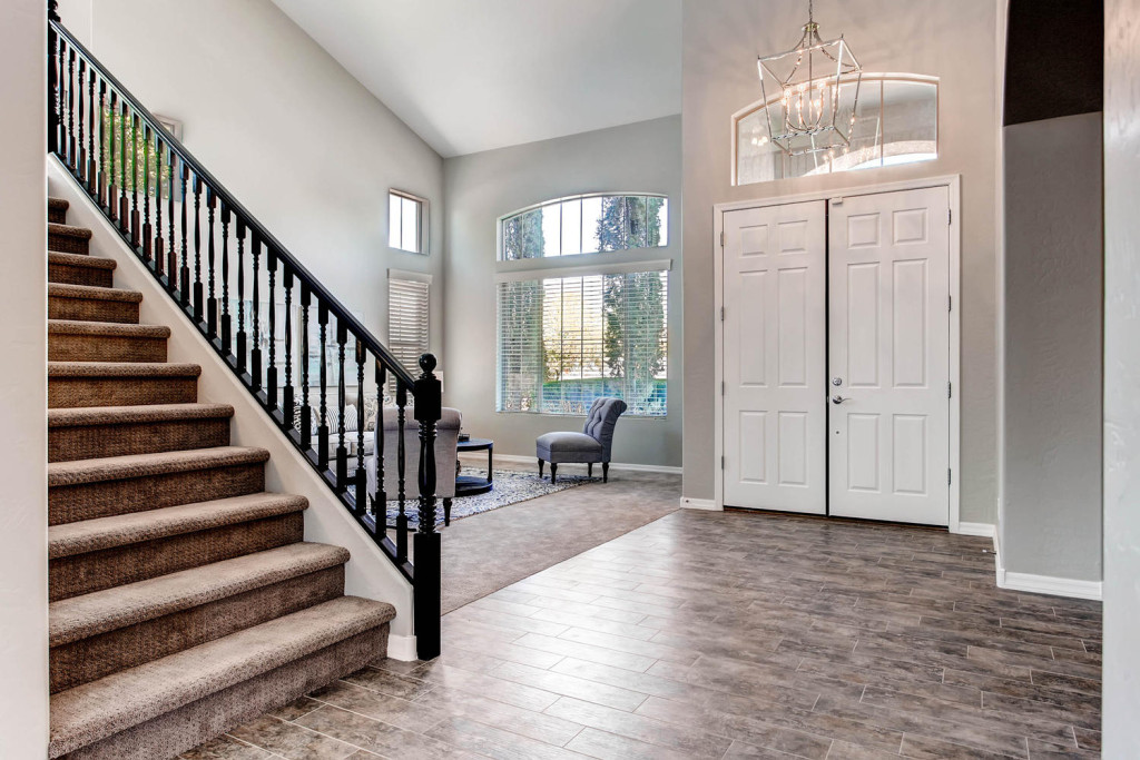 1837 East Victoria Street-large-005-Foyer-1500x1000-72dpi