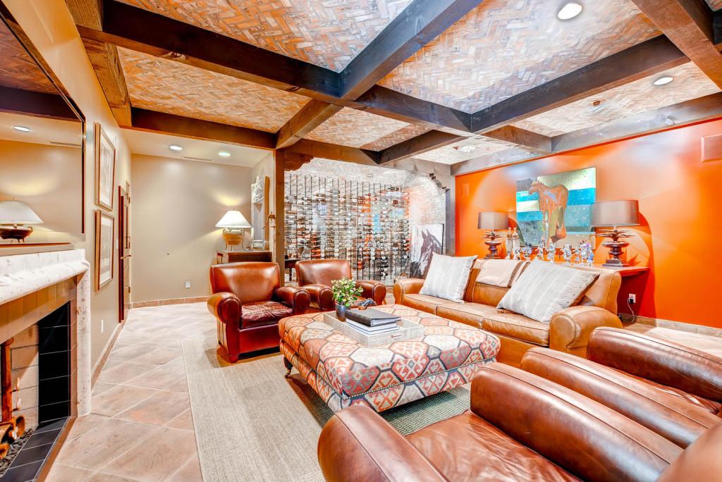 5306 east Grovers Scottsdale-large-016-Lower Level Den-1499x1000-72dpi